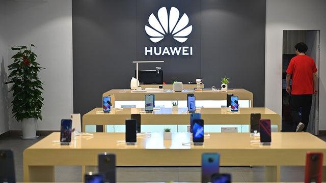 Trump reversal on Huawei gets bipartisan pushback