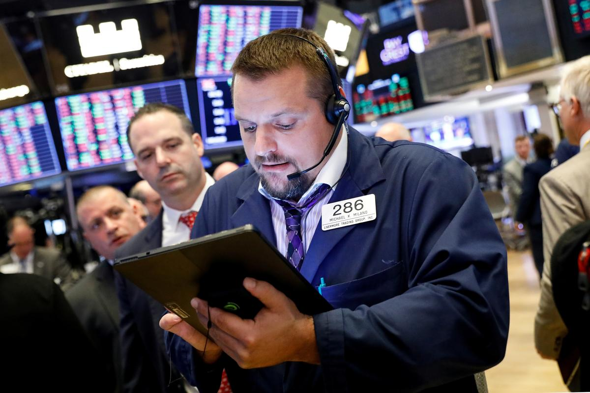 Techs boost Wall Street as trade concerns ease