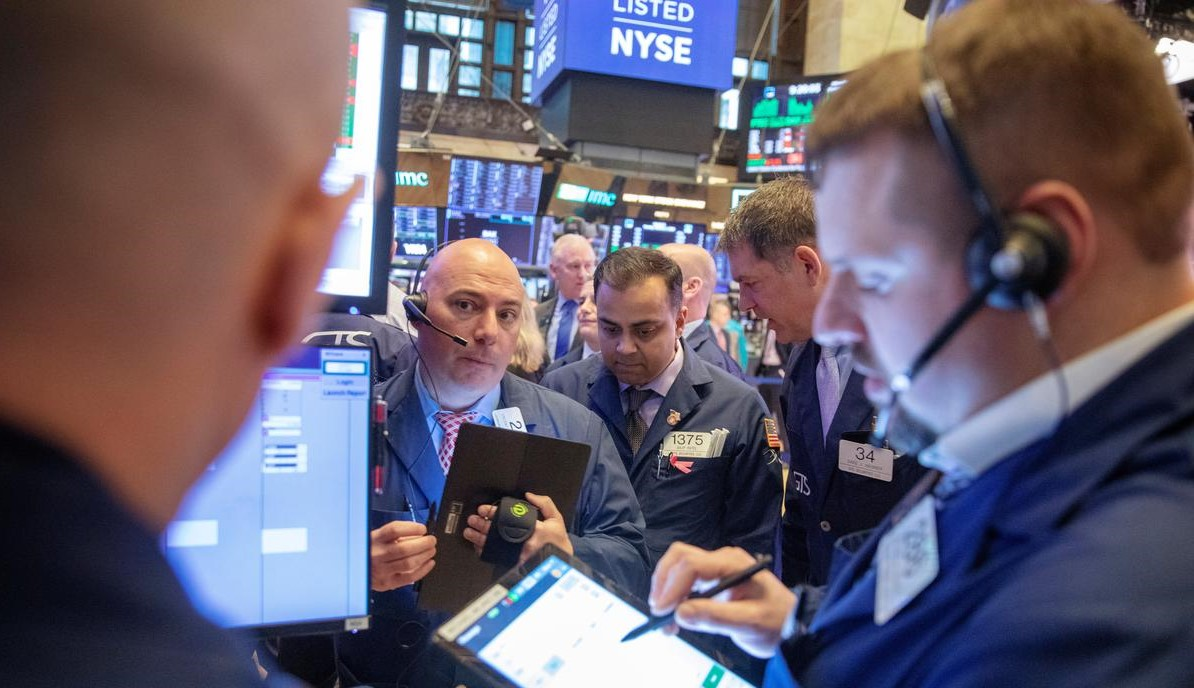Stocks surge, oil rebounds on China virus efforts