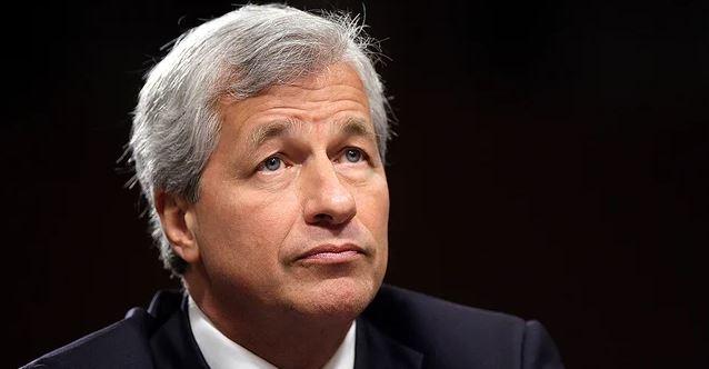 Stocks flat as companies report quarterly losses